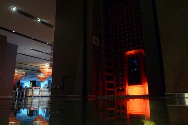 NHOW HOTEL MILAN 2011